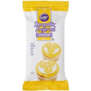 Wilton Decorator Preferred Fondant Yellow 250g